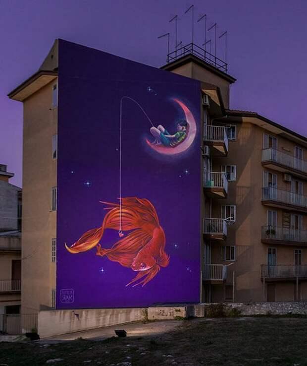 Масштабный ияркий стрит-арт польской художницы Натальи Рак