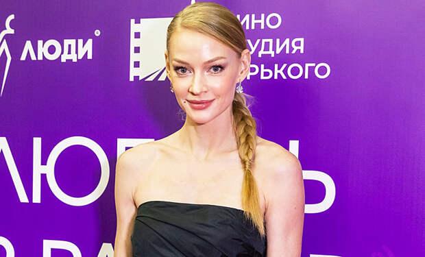 """Светлана Ходченкова представила свой новый фильм """"Любовь без размера"""""""