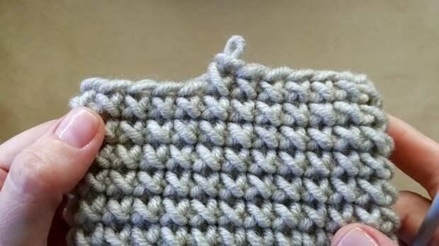 Шикарный и простой узор «Крестики» крючком — вы выучите с первого раза