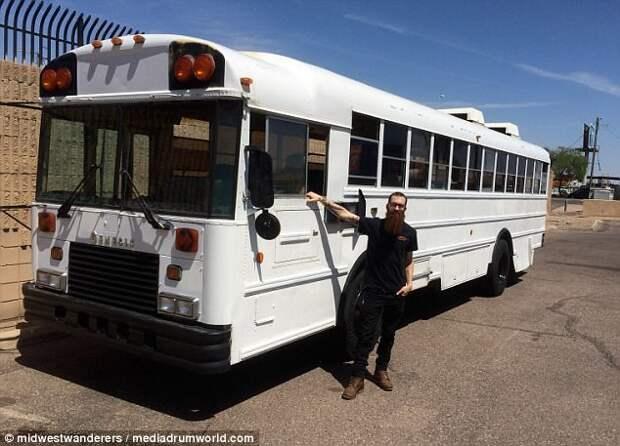 Шикарный дом на колесах из школьного автобуса - своими руками! дом для путешествий, дом на колесах, самоделкин, своими руками, сделай сам, трейлер, удивительное рядом, фургон