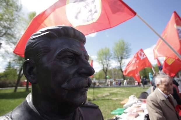 Сталин появился 9 мая в Новосибирске
