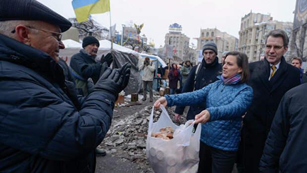 «Печенюшница» Нуланд бьет тревогу: Москва диктует правила игры!
