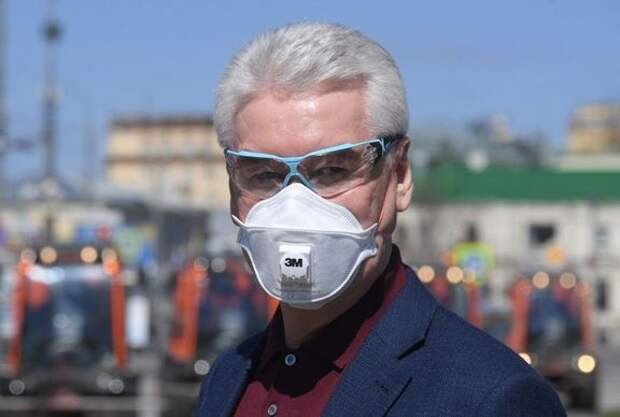 Маскарад имени Собянина: что нужно знать о масках нормальному человеку