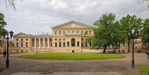 Дворец Юсупова на ул. Садовой. Фонтанка..jpg