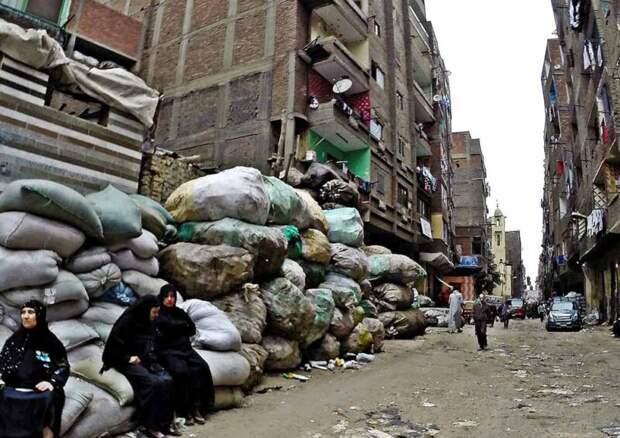 Как живет каирская «империя мусорщиков», диктующая властям Египта свою волю