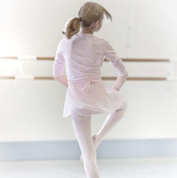 Жителям района доступны бесплатные занятия танцами на Песчаной улице