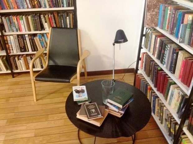 В досуговом центре в Бутырском прошла творческая встреча с членом Союза писателей Москвы