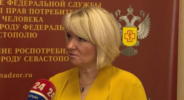 В Крыму вакцину от коронавируса получили медики и сотрудники Роспотребнадзора