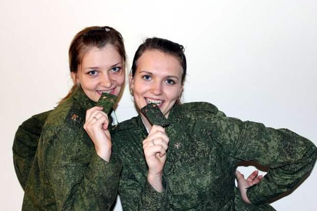 От тайги до британских морей ... : Лица девушек из Российской армии (56)