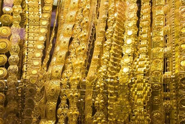 Золото Падманабхасвами, или Тайны индийского храма, одна из дверей которого закрыта уже 4000 лет