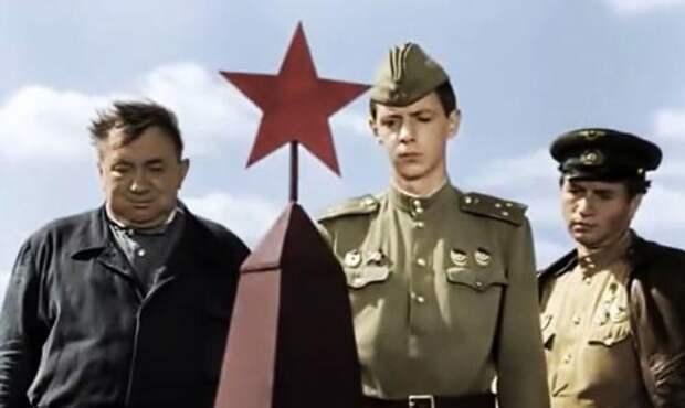Кадр из фильма «В бой идет одни «старики»