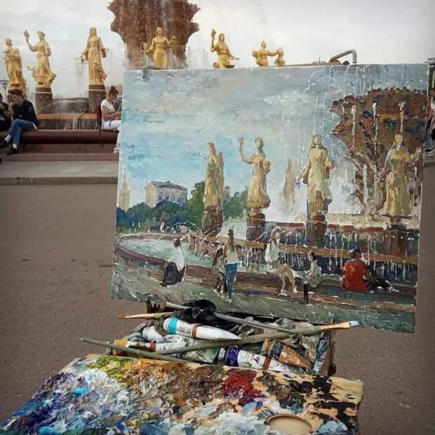 Фото дня: фонтан «Дружба народов» вдохновил на создание картины
