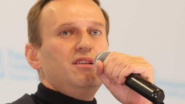 """Интервью Навального - история провала: Три фразы вскрыли всю ложь о """"Новичке"""""""