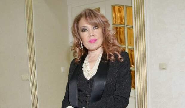 Жениха Азизы «поймали на измене» с юной участницей «Дома-2»