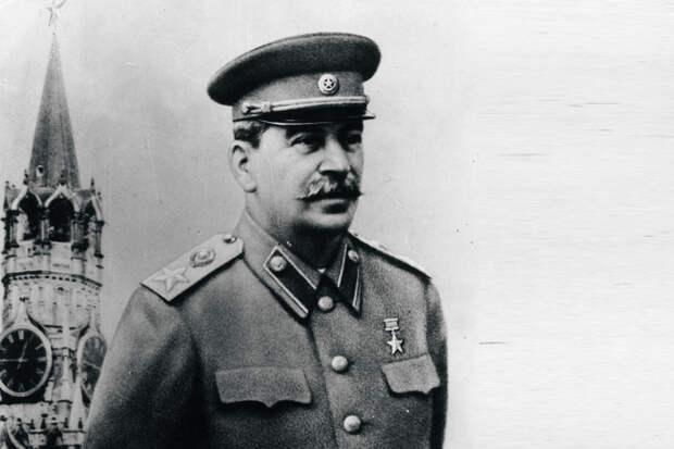 Сталин как Верховный Главнокомандующий