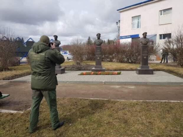 Неизвестные осквернили памятник десантникам 6-й роты под Псковом