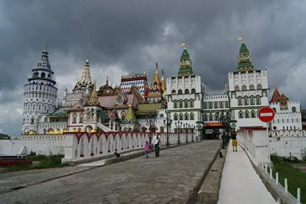 В Москве бизнесмены похитили около 30 исторических усадеб и особняков