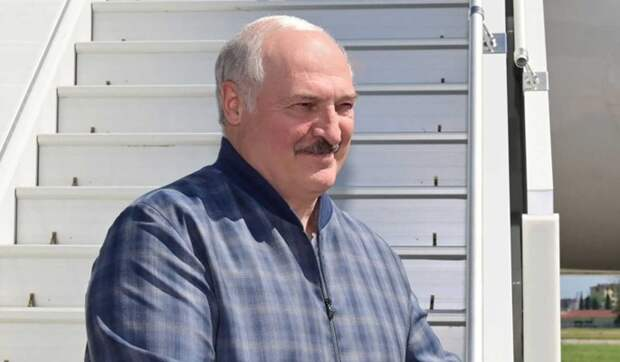 На Украине Лукашенко пригрозили трибуналом за признание Крыма российским субъектом