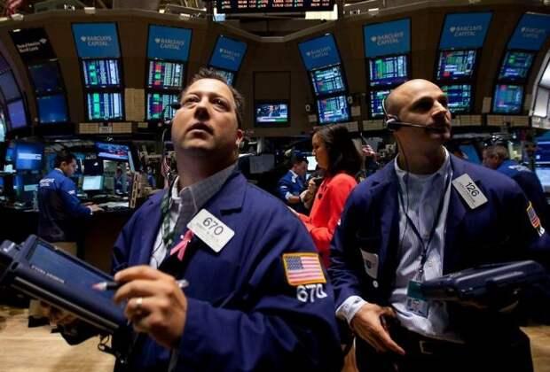 Рынок нефти замер на месте, ожидая восстановления спроса