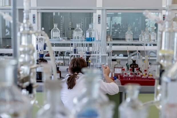Вещество, защищающие клетки от вторжения коронавируса и гриппа, создали в США
