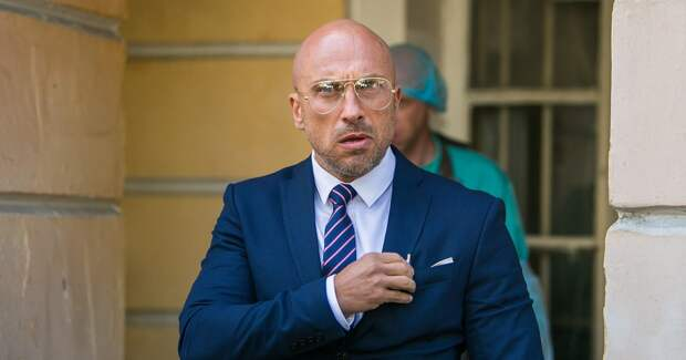 Нагиев, Янковский, Ильяшенко снялись в комедии: первые кадры
