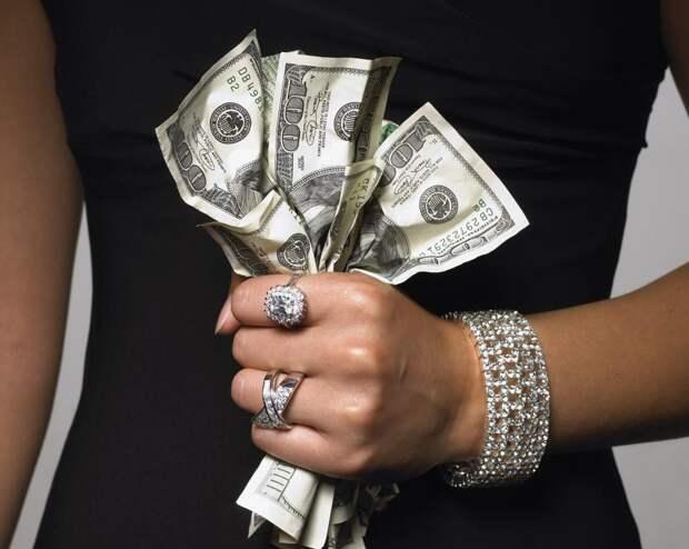 Женщинам нужны только деньги...Так ли это?!