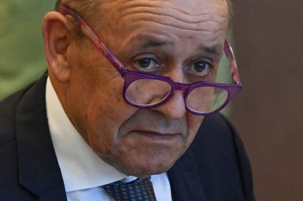 Франция не выйдет из НАТО, но единство Запад опять под угрозой