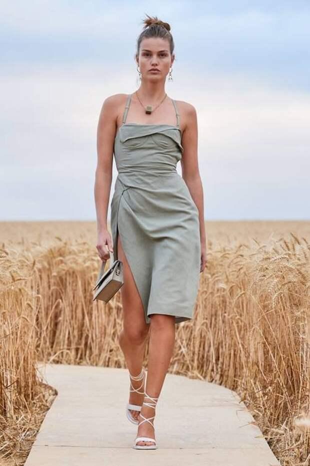 Платье на каждый день: тенденции, которые будут самыми модными весной и летом 2021