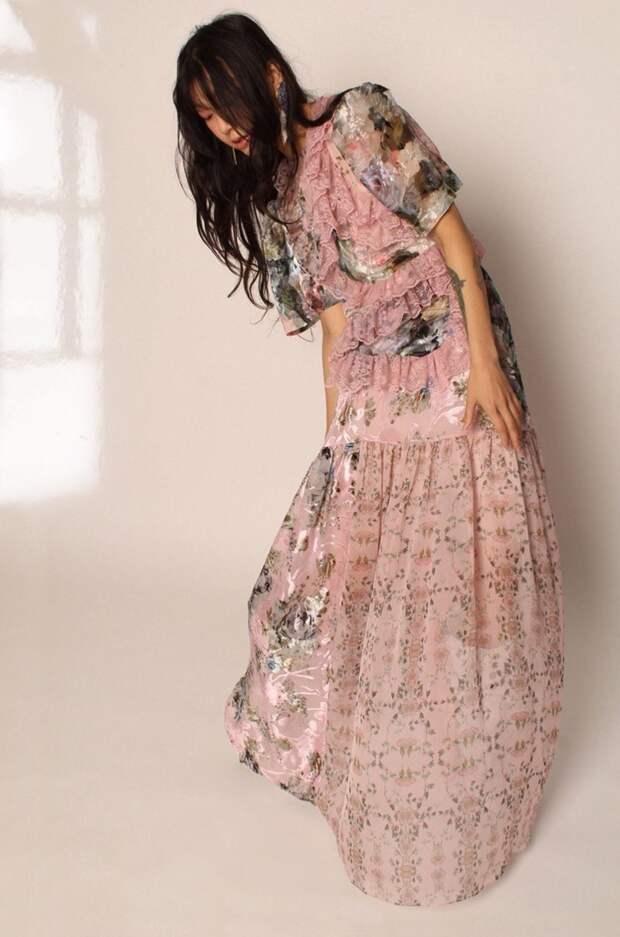 Многоярусные платья — горячий тренд весны 2021. Смотрим, какие модели предлагают дизайнеры