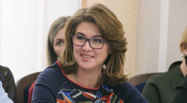 Суд оштрафовал новосибирского депутата Наталью Пинус на 10 тысяч рублей за одиночный пикет