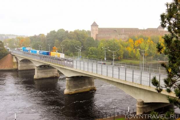 06 Вид на Мост дружбы с Эстонской стороны