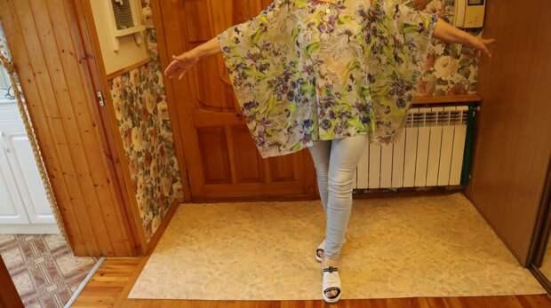 Испанка показала, что шьют у них все женщины на лето. Очень простая, но красивая блузка-туника за 5 минут
