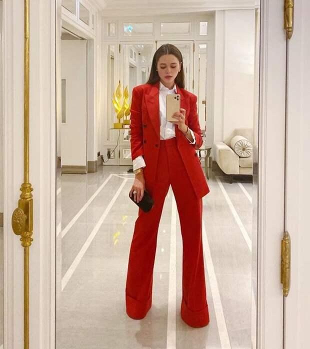 Lady In Red: 14 элегантных образов в красном цвете