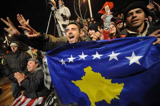 Переломали кости и выкинули: Косово объявила россиянина персоной нон-гранта