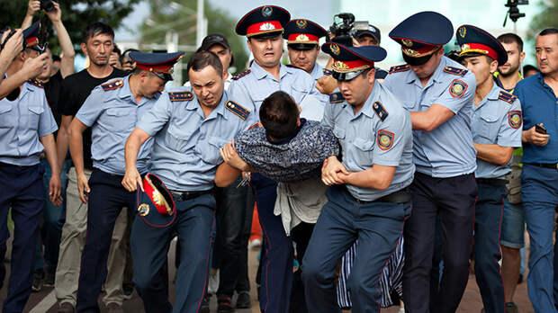 Семь лет тюрьмы за дружбу с Россией. В Казахстане борются как с русскими, так и с друзьями русских