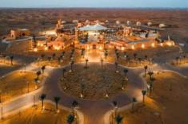 оскошный курорт-оазис в пустыне открылся в Шардже