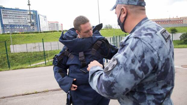 Саперы не обнаружили взрывных устройств в доме казанского стрелка