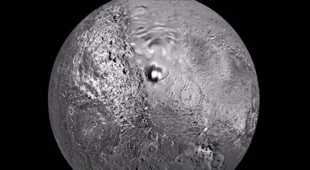 Уфолог обнаружил на спутнике Сатурна «базу инопланетян»