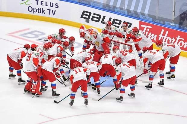 Стал известен стартовый состав команды России на финал ЮЧМ-2021 по хоккею с Канадой