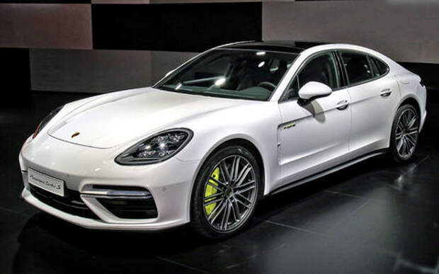 Адреналин через электрошок: Porsche Panamera Turbo S E-Hybrid дебютировала в Женеве