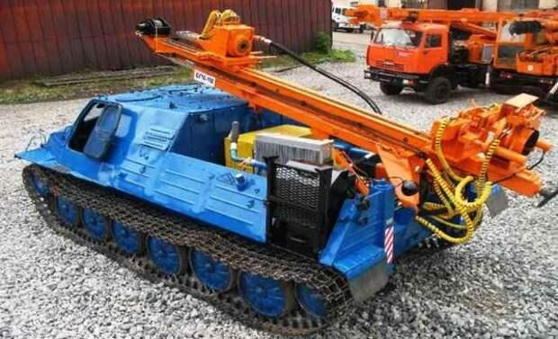 Буровая установка на базе вездехода ГТ-ТБ