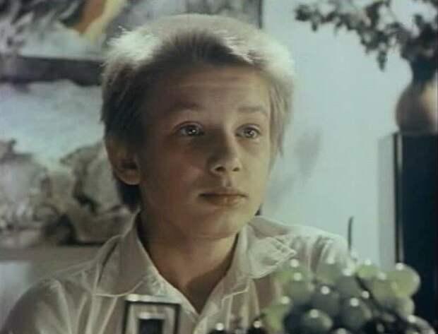 """Памяти Дмитрия Марьянова, фильм """"Выше радуги"""" (1986)."""