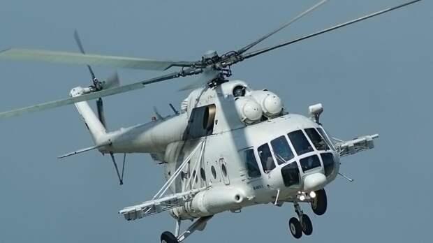 Вертолет упал на дороге Гатчина — Пушкин