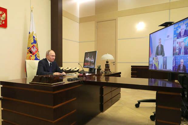 Путин оценил шанс введения сертификатов для бедных на продукты