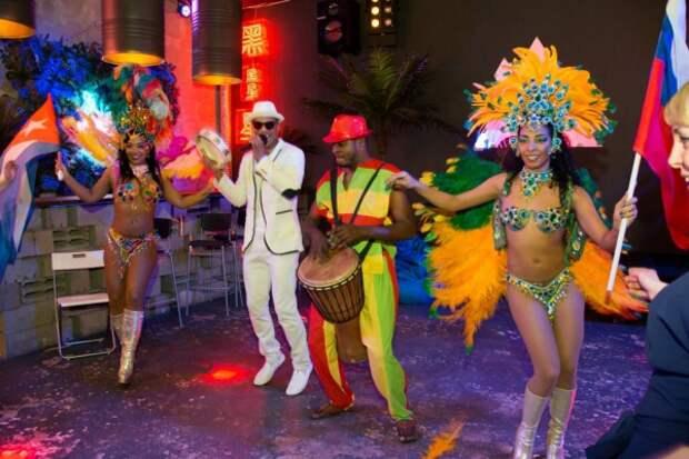 Аутентичное бразильское шоу от настоящих бразильянок