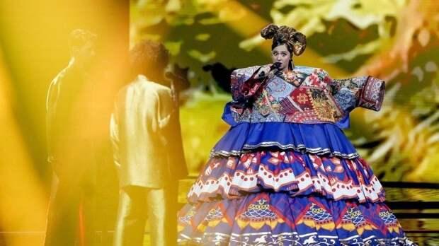 «Явас люблю»: Манижа ответила своим хейтерам ипризвала больше петь нарусском