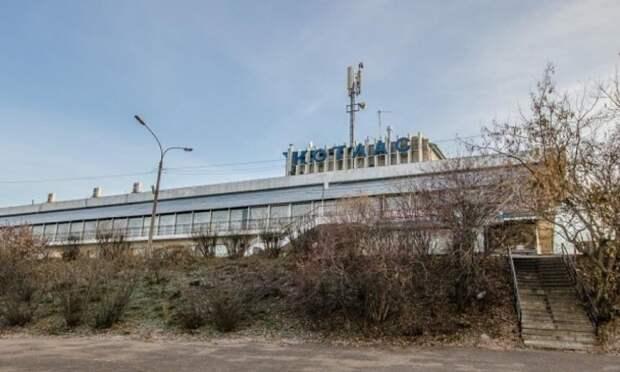 В Котласе произошёл пожар  в здании бывшего речного вокзала