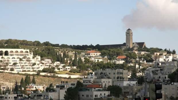 Беспилотник ВВС Израиля атаковал автомобиль недалеко от сирийско-ливанской границы