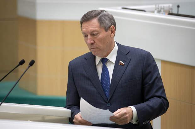 Сенатор Королёв рассказал об инциденте с внедорожником