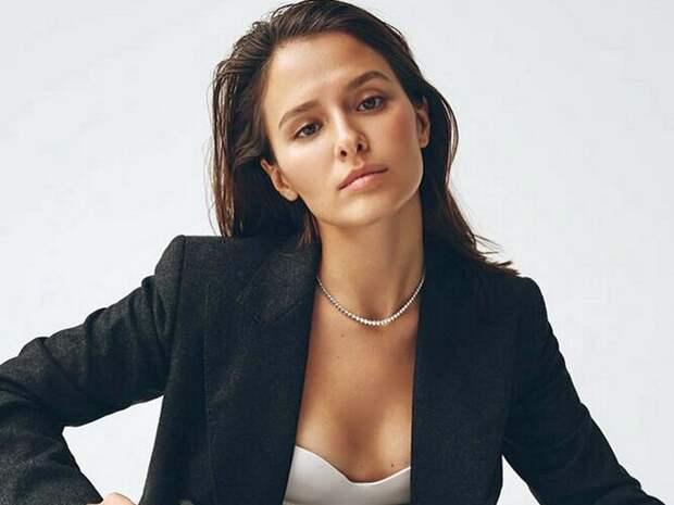 Актриса Любовь Аксенова перевоплотилась в Одри Хепберн